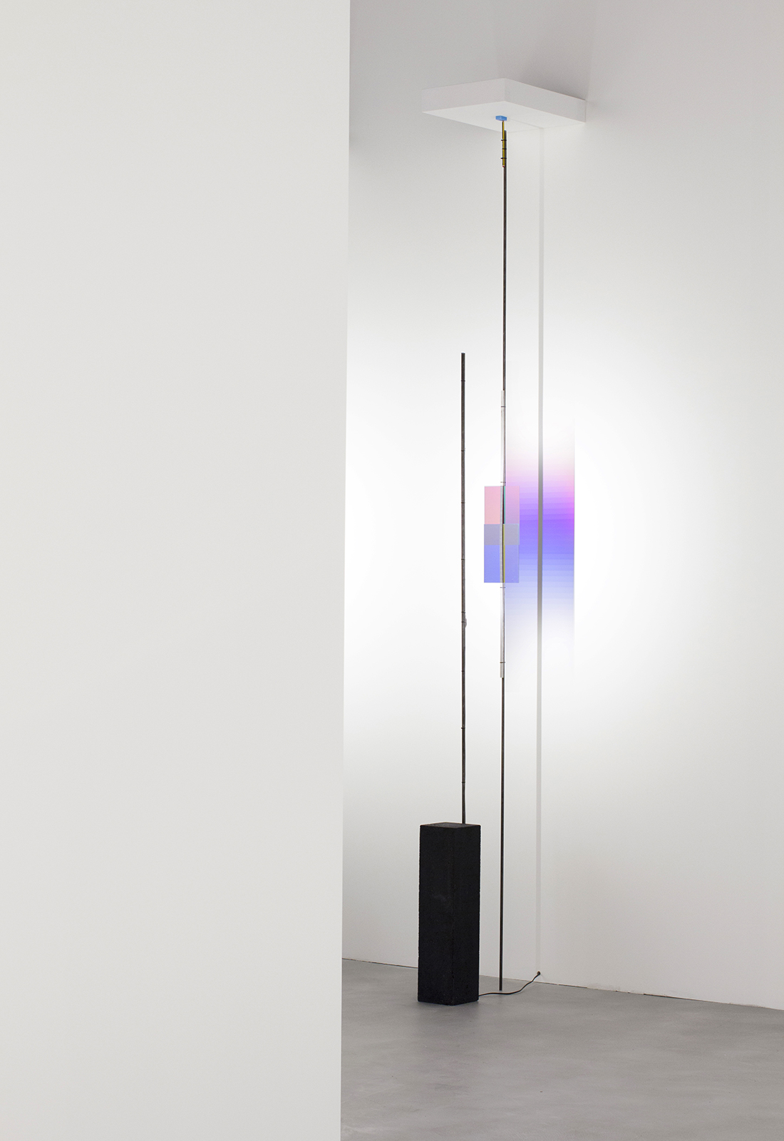 Colore - Test 7, 2016. LED, dichroic glasses, concrete, electrical materials, rubber, pencil. Courtesy Formafantasma. Photography by Johanna Seelemann.