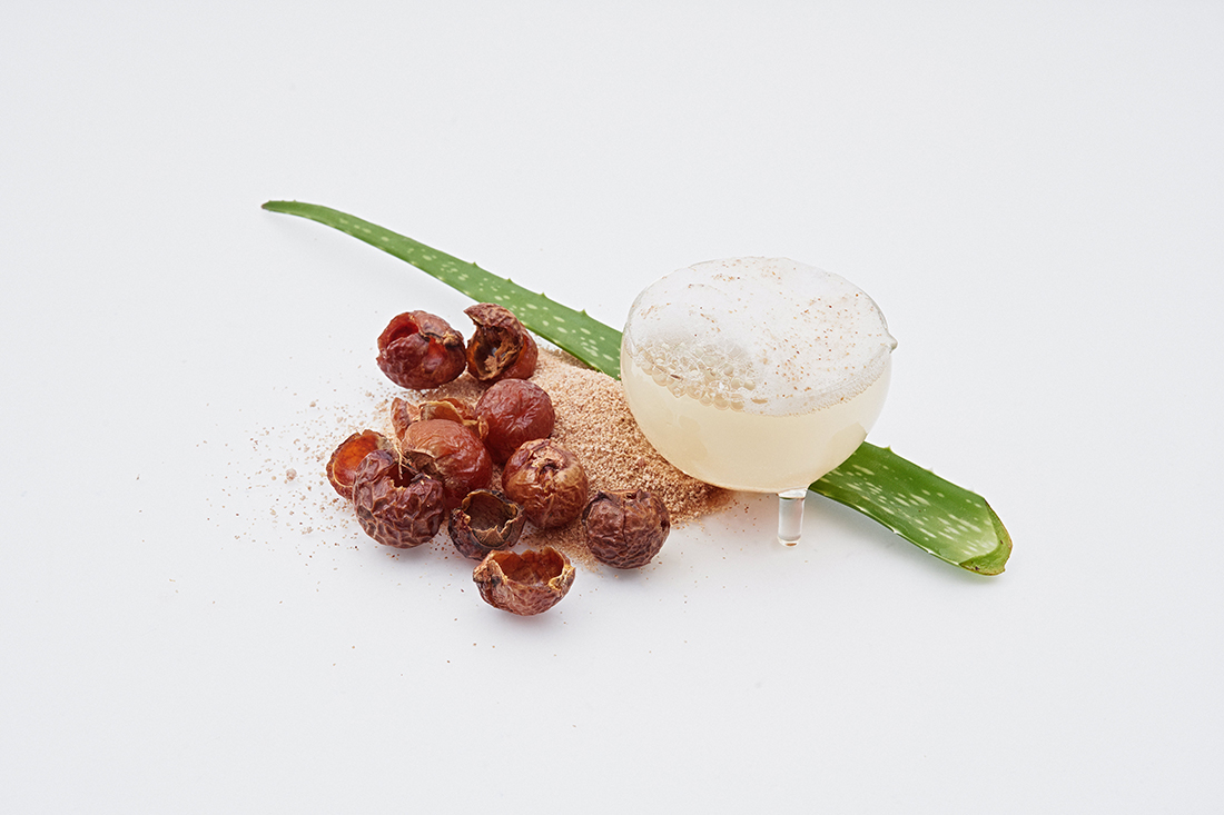 Aloe vera and soap nuts are key natural ingredients.